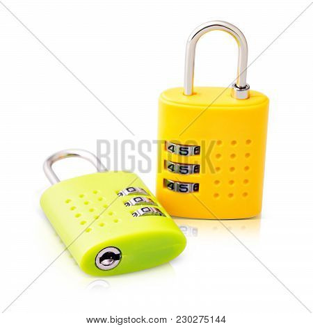 Keeping Your Home Safe Is No Small Matter. With This Smart Password Or Combination Lock You Can Lock