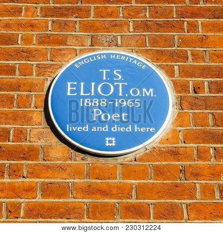 London, Uk - March 8, 2018: English Heritage Blue Plague Of Where The Famous Poet T.s Eliot Lived An