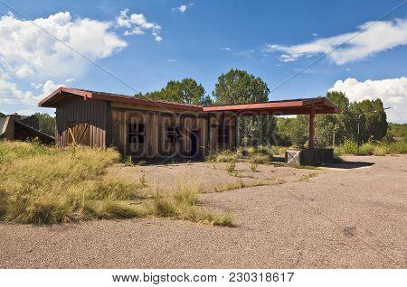 An Abandoned Gas Station Along Us60 Near An Abandoned Lake Resort Known As Seneca Lake.