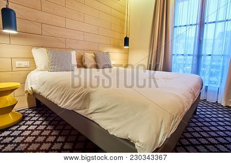 Cosy Modern Hotel Room For A Good Night Of Sleep