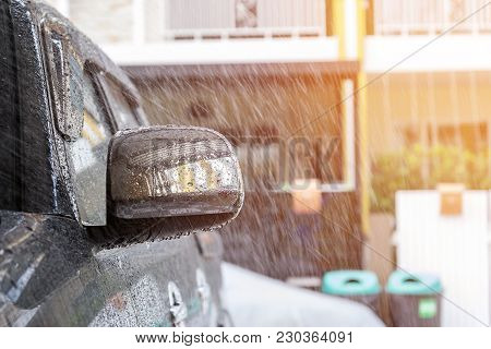 Sprinkle Water On The Car With A Spray Before Cleaning The Car With A Car Wash In The Car Care Cente