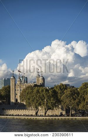 Vibrant Landscape Image Of Tower Of London On Summer Day With Blue Sky
