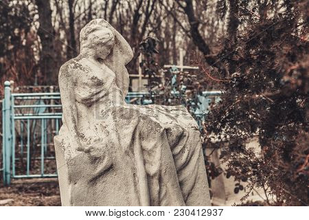 Ancient Cemetery Mysticism Mystery Ghost Spirits Bring Death