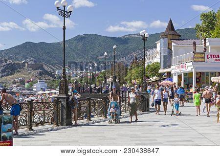 Sudak, Crimea - September 2, 2017: Embankment Of The Resort Town Of Sudak In The Middle Of A Sunny D