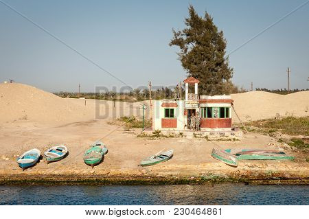 Suez Canal / Egypt - March 19, 2012 - Egyptian Soldiers Pose At An Outpost Along The Suez Canal In E
