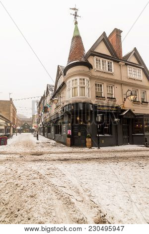 Northampton, Uk - Mar 03, 2018: Cloudy Winter Snowy Day View Of The Market Tavern.