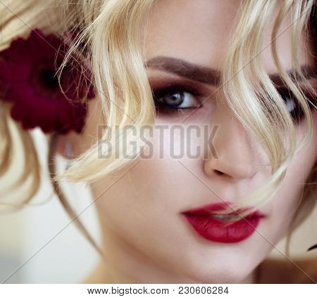 Beautiful Blonde Model Girl With Long Curly Hair . Hairstyle Wavy Curls And Red Lips. Fashion , Beau
