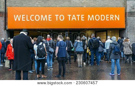 London, Uk - March 10, 2018: Entrance To The Tate Modern, A Modern Art Museum In The South Bank Of L