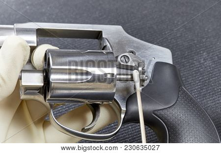 Cleaning The Ejector On A Snubnose Revolver
