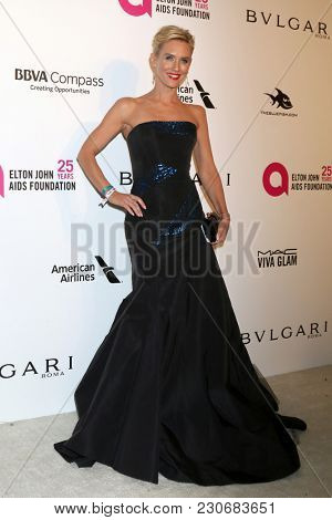 LOS ANGELES - MAR 4:  Nicky Whelan at the 2018 Elton John AIDS Foundation Oscar Viewing Party at the West Hollywood Park on March 4, 2018 in West Hollywood, CA
