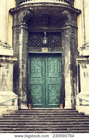 Beautiful Old Door. Building, Ancient, Wooden, Entrance