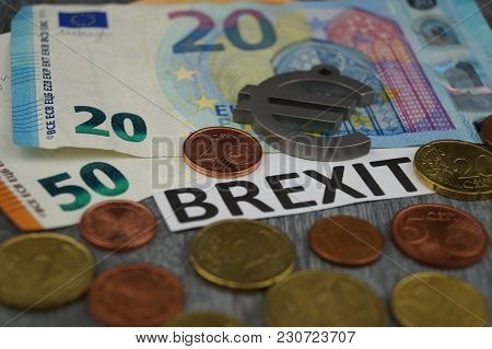 Brexit The End Of The Eu - The Britains Want To Leave The European Community - What Will It Cost