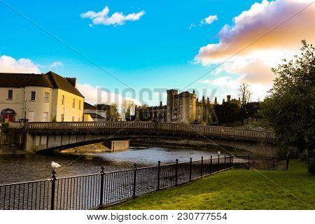 Beautifuriverside Railings View Of Kilkenny Castle Town And Bridge