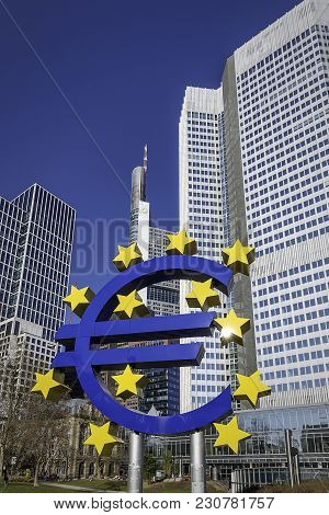 Germany, Frankfurt - 24.february: Monument Of Euro Currency In Front Of Eurotower In Frankfurt Am Ma