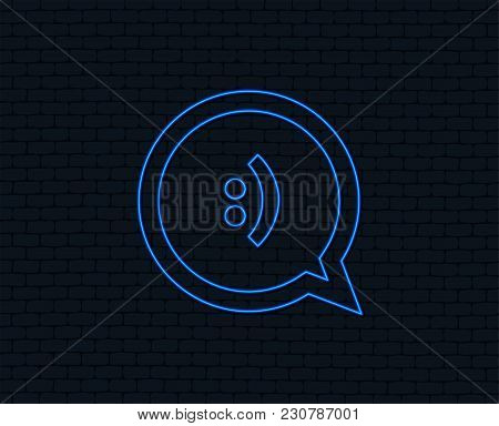 Neon Light. Chat Sign Icon. Speech Bubble With Smile Symbol. Communication Chat Bubbles. Glowing Gra
