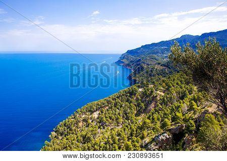 Island Scenery, Seascape Of Mallorca Spain. Idyllic Coastline Of Majorca, Mediterranean Sea On Sunny