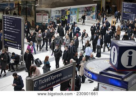 London, England - March 12, 2017 People At Liverpool Street Station. Opened In 1874 It Is Third Busi