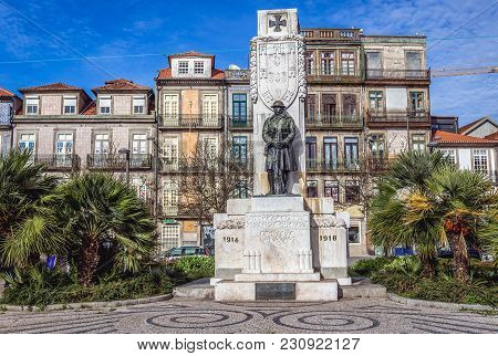 Porto, Portugal - December 8, 2016: Square Of Carlos Alberto With A Monument For Victims Of World Wa