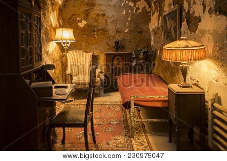Philadelphia, Pa - December 23: Al Capone Cell Inside The Historic Eastern State Penitentiary On Dec