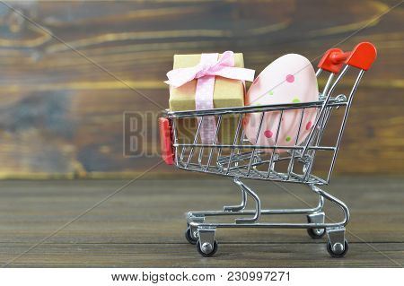Easter Shopping Cart  With Gift And Easter Egg