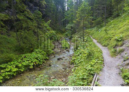 Pedestrian Trail Along The River In Forest  Mountain Gorge. Juráňová Valley ( Juranova Dolina ) - Ed