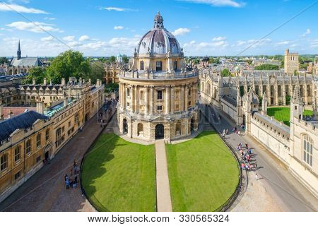 OXFORD,UK - AUGUST 17,2019 : The city of Oxford with the Radcliffe Camera and All Souls College on a beautiful summer day