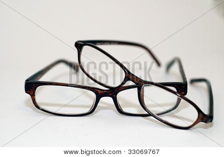 Spectacles/ Glasses