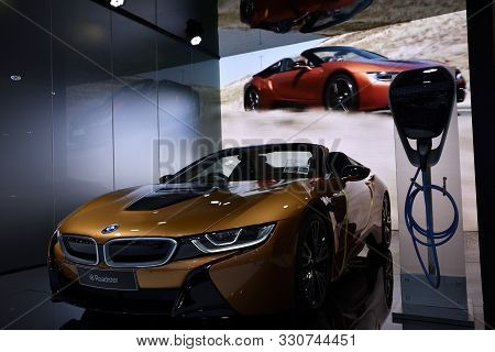 Nonthaburi,thailand - Dec 2, 2018: The New Bmw I8 Roadster 2018,is Exceptional Lightweight Concept C