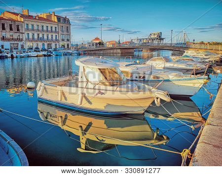 Sete, France - September, 26, 2019: Fishermen Boats And Colorful Houses In Sete - Fascinating Small