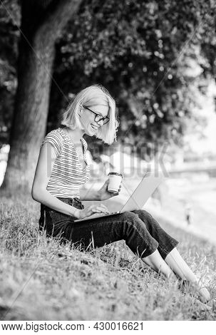 Girl Laptop Outdoors. Why Employees Need To Work Outdoors. Being Outdoors Exposes Workers To Fresher