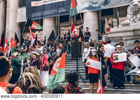 Vancouver, Canada - August 14,2021: Vancouver's Afghan Community Rally In Front Of Vancouver Art Gal