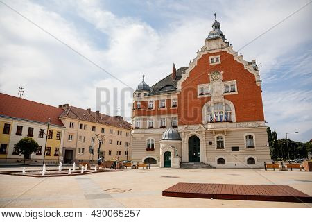 Hodonin, South Moravia, Czech Republic, 03 July 2021: Town Hall With Tower In Style Of Nuremberg Art