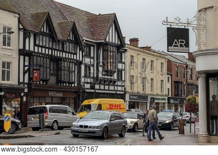 Stratford-upon-avon, Great Britain - September 15, 2014: These Are Old Medieval Half-timbered Houses