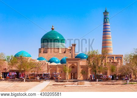 Islam Khodja Minaret And Pakhlavan Makhmoud Mausoleum At The Itchan Kala, The Walled Inner Town Of T