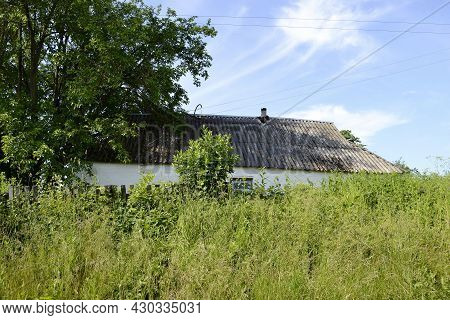Beautiful Old Abandoned Building Farm House In Countryside