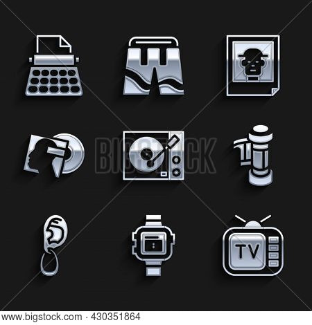 Set Vinyl Player, Wrist Watch, Retro Tv, Camera Roll Cartridge, Ear With Earring, Disk, Photo And Ty