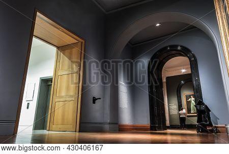 London, United Kingdom - Apr 19, 2019 : Interior Of The National Portrait Gallery At Trafalgar Squar