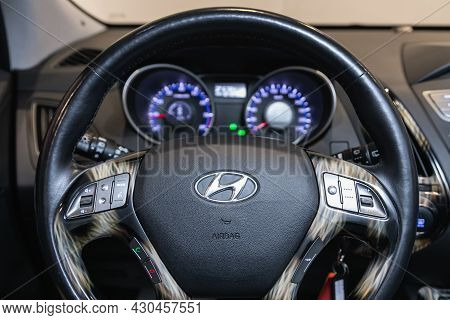 Novosibirsk, Russia - July 28, 2021:  Hyundai Ix35, Cockpit Interior Cabin Details, Speedometer And
