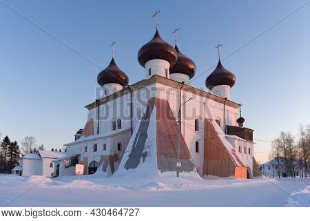 View Of The Ancient Nativity Cathedral In An Early Frosty February Morning. Kargopol. Arkhangelsk Re