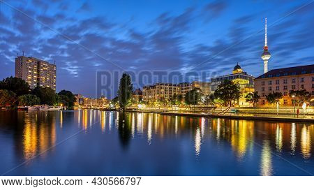 The River Spree In Downtown Berlin With The Famous Tv Tower At Night