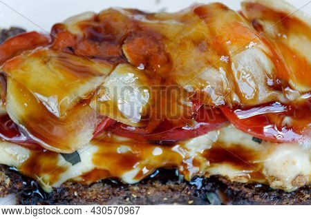 Rye Bread Sandwich With Unagi Sauce, White Ginger, Tomatoes, Melted Cheese, Dark Basil And Chicken