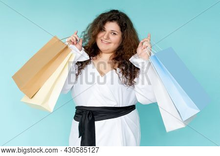 Shopaholic Lifestyle. Happy Woman. Hot Sale. Black Friday. Holiday Discount. Joyful Plus Size Lady S