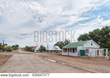Steytlerville, South Africa - April 21, 2021: A Street Scene, With Old Houses In Steytlerville In Th