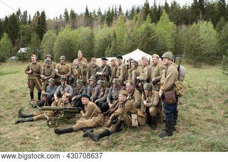 Petrozavodsk, Russia - May 22, 2021: Soldiers In Military Uniform Of The Ii Ww