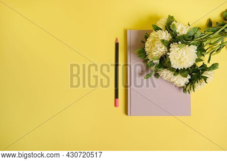 Flat Lay Of Beautiful Delicate Bouquet Of Autumn Flowers, White Asters Lying Down On The Corner Of A