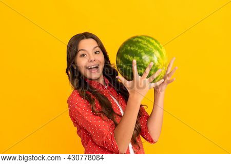 Healthy Food For Children. Fructose Healthy Eating On Summer Vacation. Teen Girl Having Fun