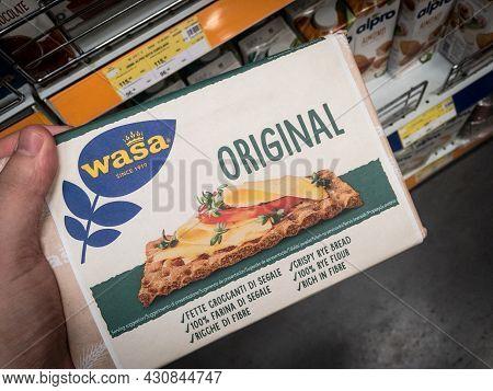 Belgrade, Serbia - August 6, 2021: Wasa Logo On Packs Of Crispbread Crackers For Sale In Belgrade. P
