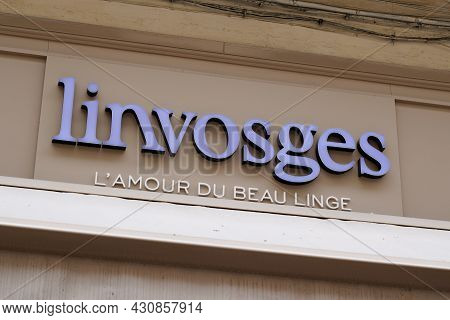 Bordeaux , Aquitaine France - 08 15 2021 : Linvosges Logo Brand And Text Sign Boutique French Store