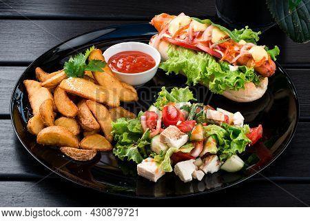 Indian Food Set Kachumber Vegetable Salad, Indian Potato Slices And Indian Hot Dog