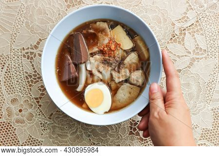 Noodles Or Chinese Noodles, Pork Noodles For Serve